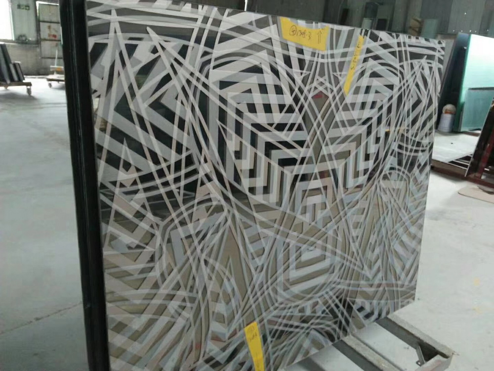 夹丝夹胶玻璃
